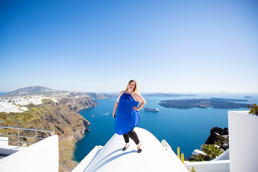 finding a photographer while traveling abroad Santorini Greece blue in oia