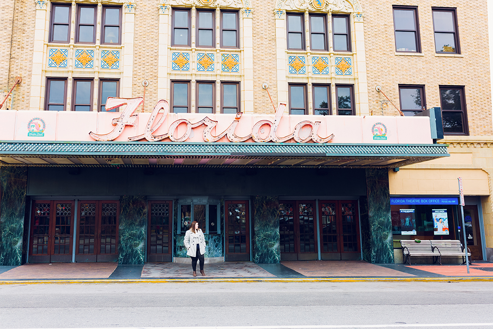 Cool spots for photos in Jacksonville | The Florida Theatre