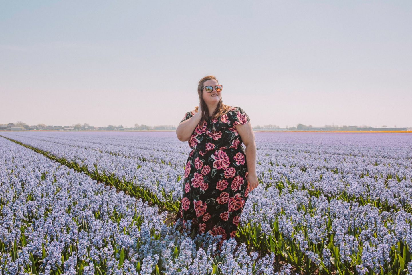 How to get incredible photos of yourself while traveling solo in the Amsterdam tulip fields!